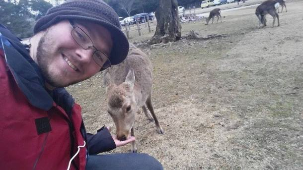Deer feedin' in Nara (Alexander Martin, Mutsu-shi)  AM3