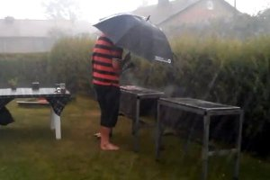 summer-barbecue-rainy-day1